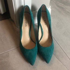 Guess pointed toe high heels